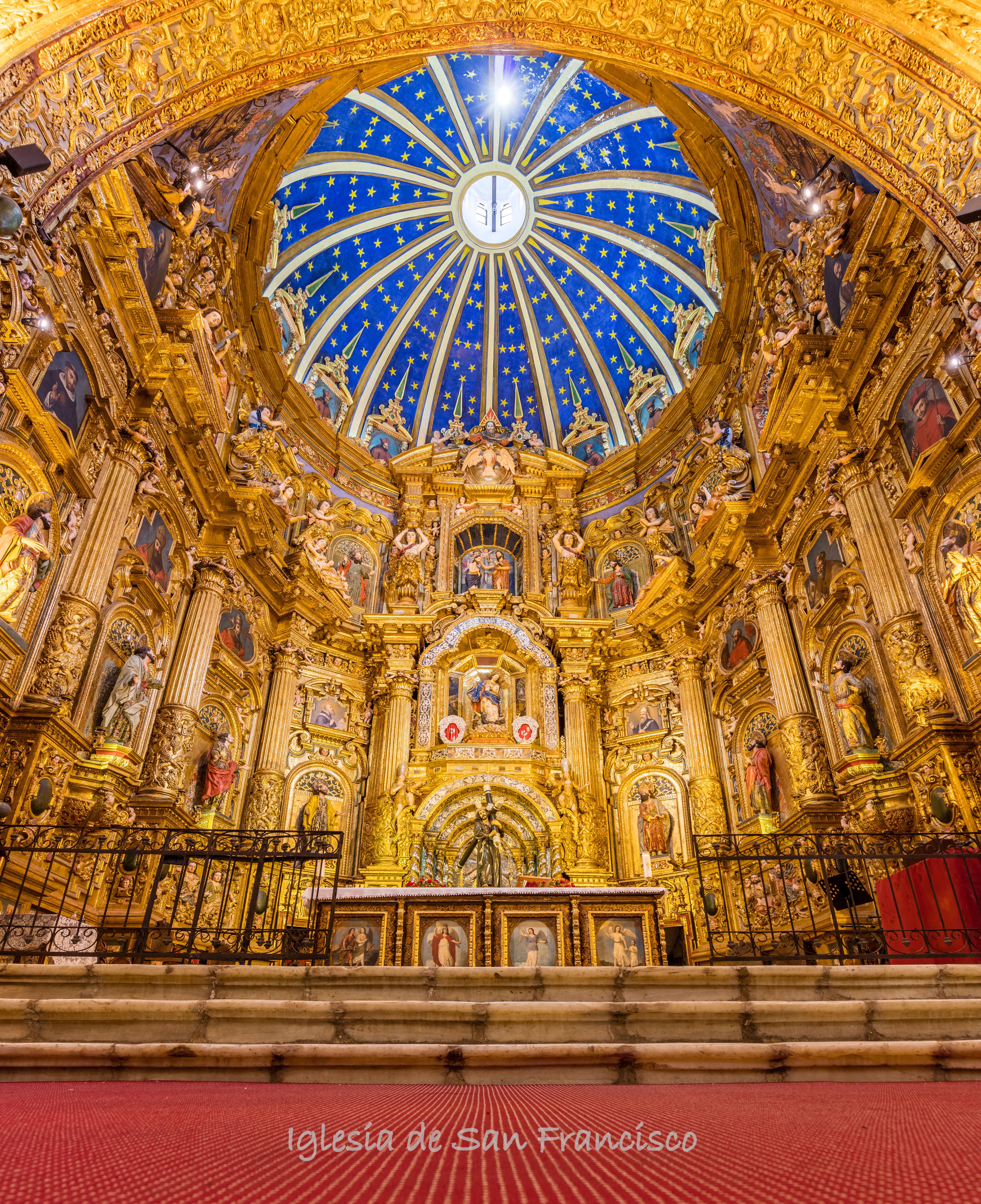 Iglesia_de_San_Francisco,_Quito,_Ecuador,_2015-07-22,_DD_162-164_HDR