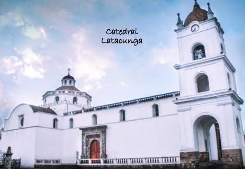 catedral latacunga-001